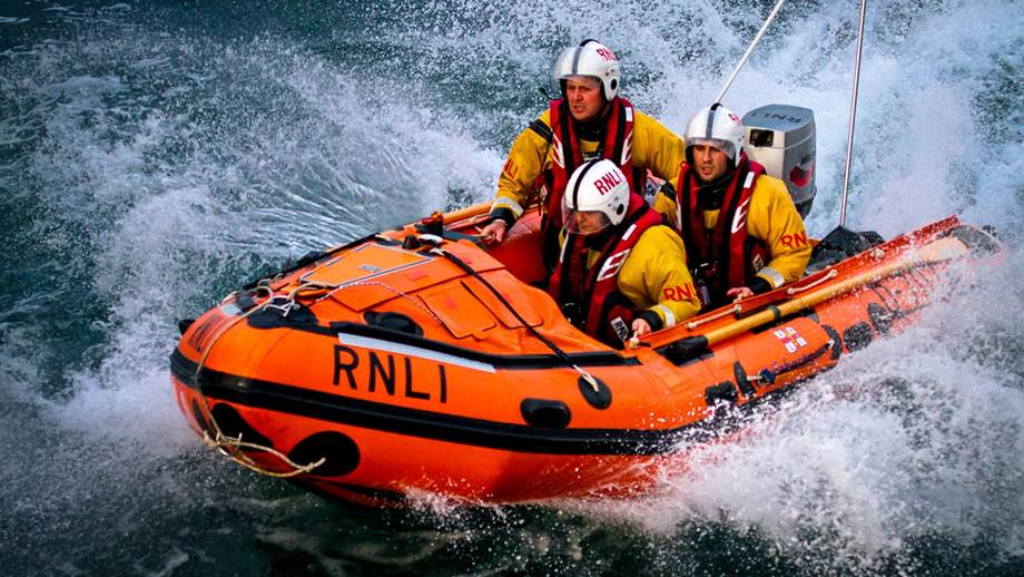 RNLI Chosen as Ragged Edge's Festive Charity